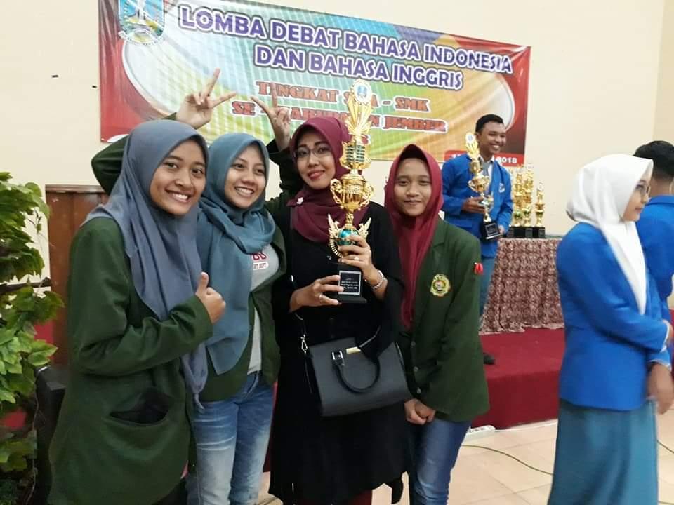 Juara 3 Lomba (LDBI) Tingkat SMA/SMK Negeri dan Swasta Kabupaten Jember 2018