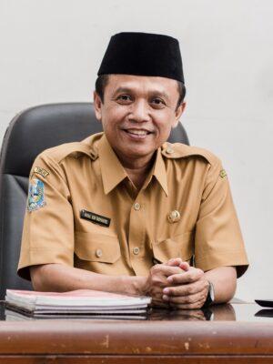 Dr. MOH. EDI SUYANTO, M.Pd