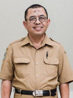 Drs. Tohar Ahmad
