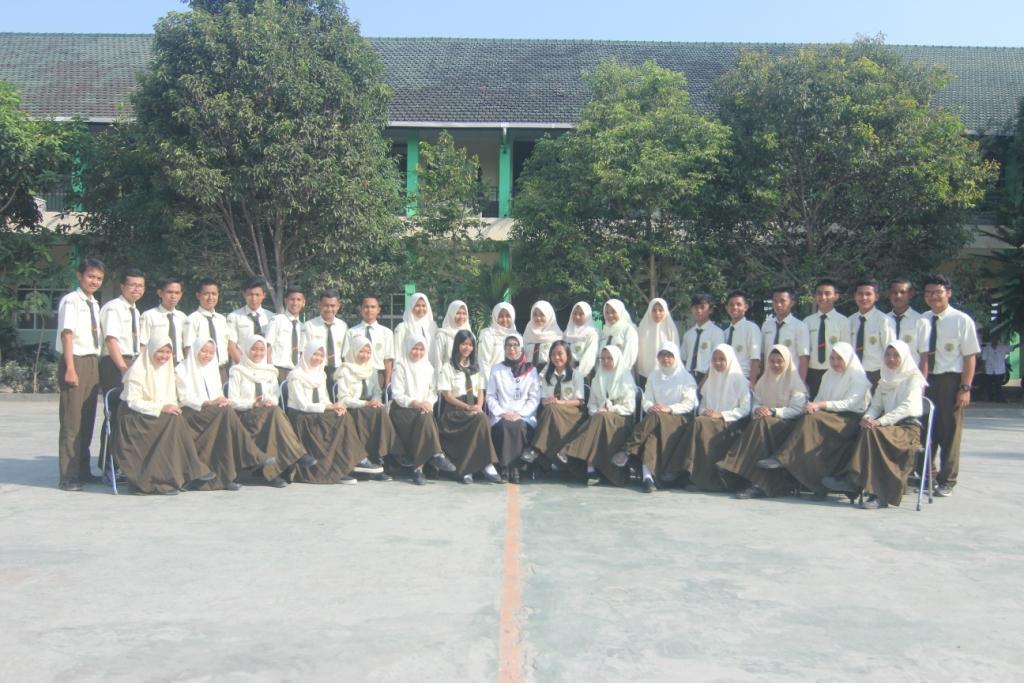 Kelas XII IPA 1